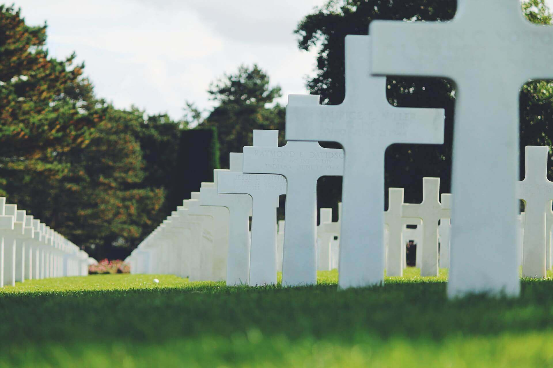 uslugi na cmentarzu - dom pogrzebowy